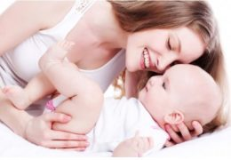 maman-chant-bebe-affection