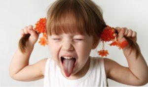 hyperactivite-petite-fille-crise-photo