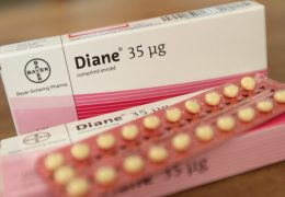 mediacment-diane35-risque-contraception-acnee